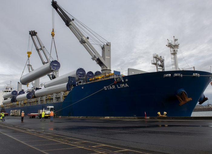 Vestas Wind Turbine Parts Travel through Terminal 6 - Portside